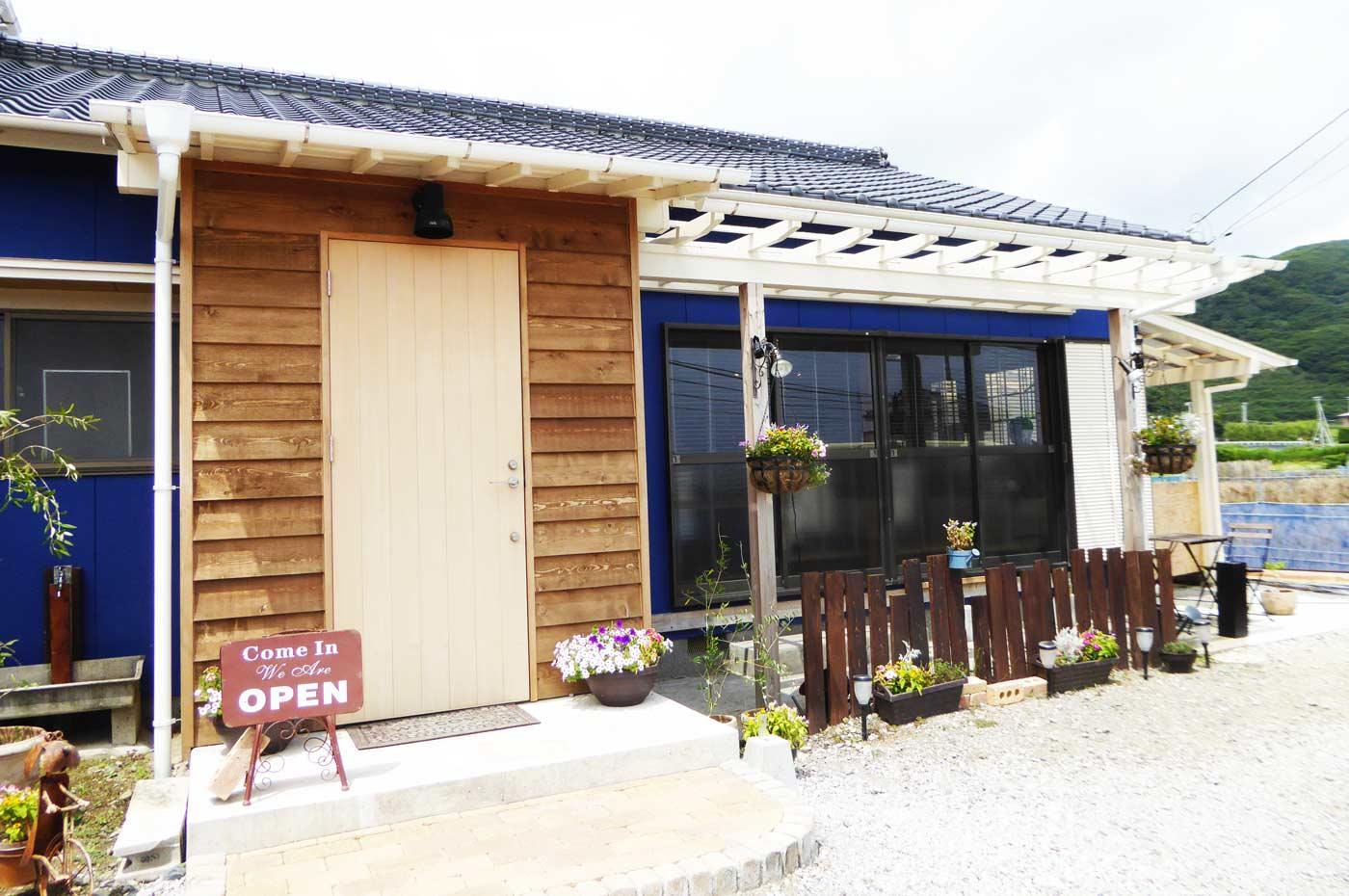 イルファーロのオープンカフェ