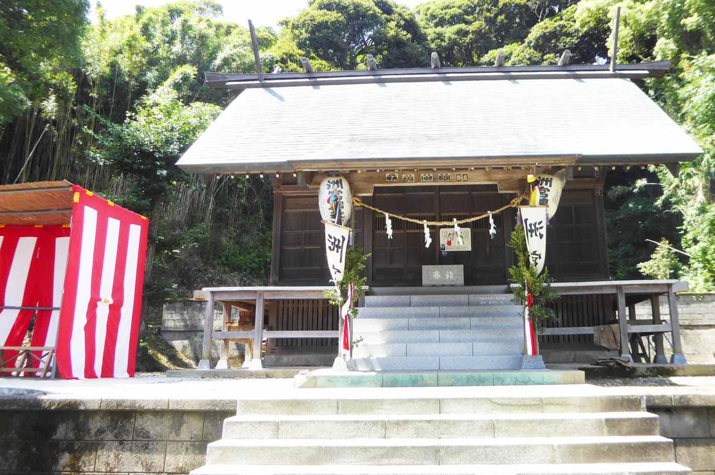 洲宮神社拝殿の画像