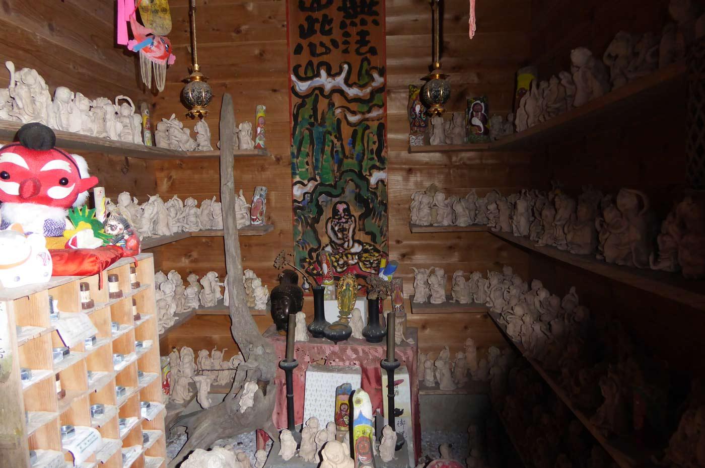 千体の羅漢像