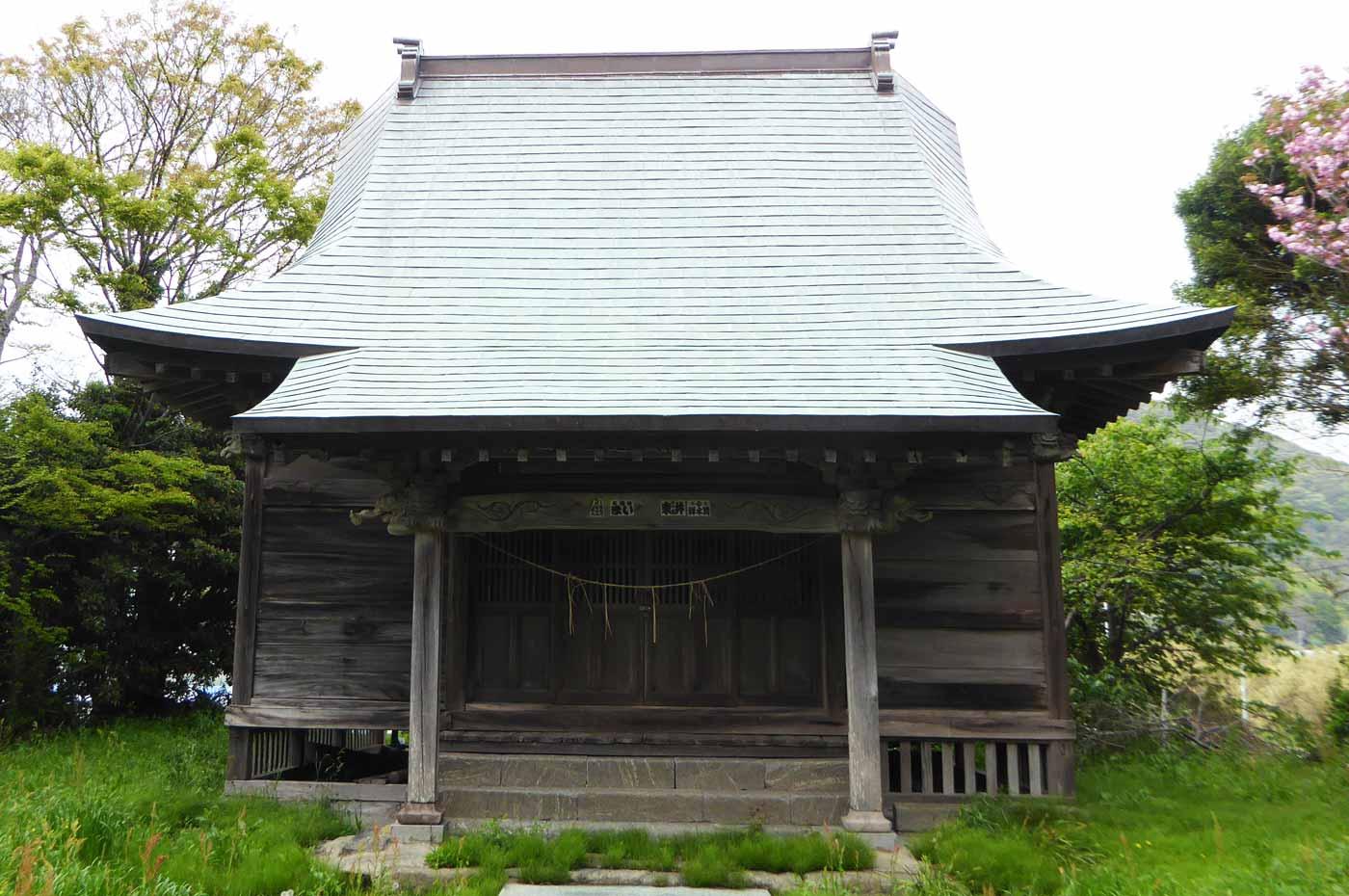 鶴ヶ浜八幡神社拝殿のアップ画像