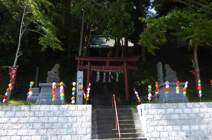 安馬谷八幡神社の境内の画像