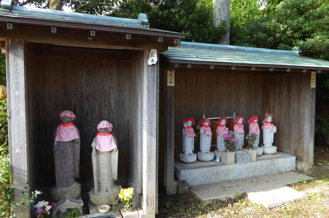 瑞岩寺六地蔵の画像