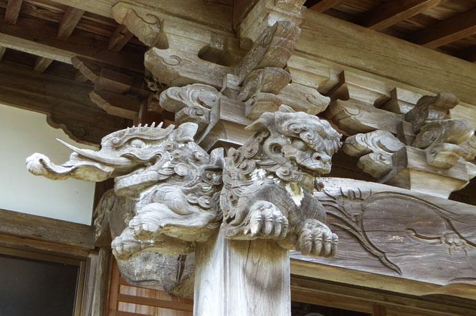 福性院本堂向拝の彫刻(右)