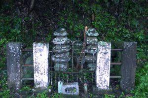 里見義道の墓