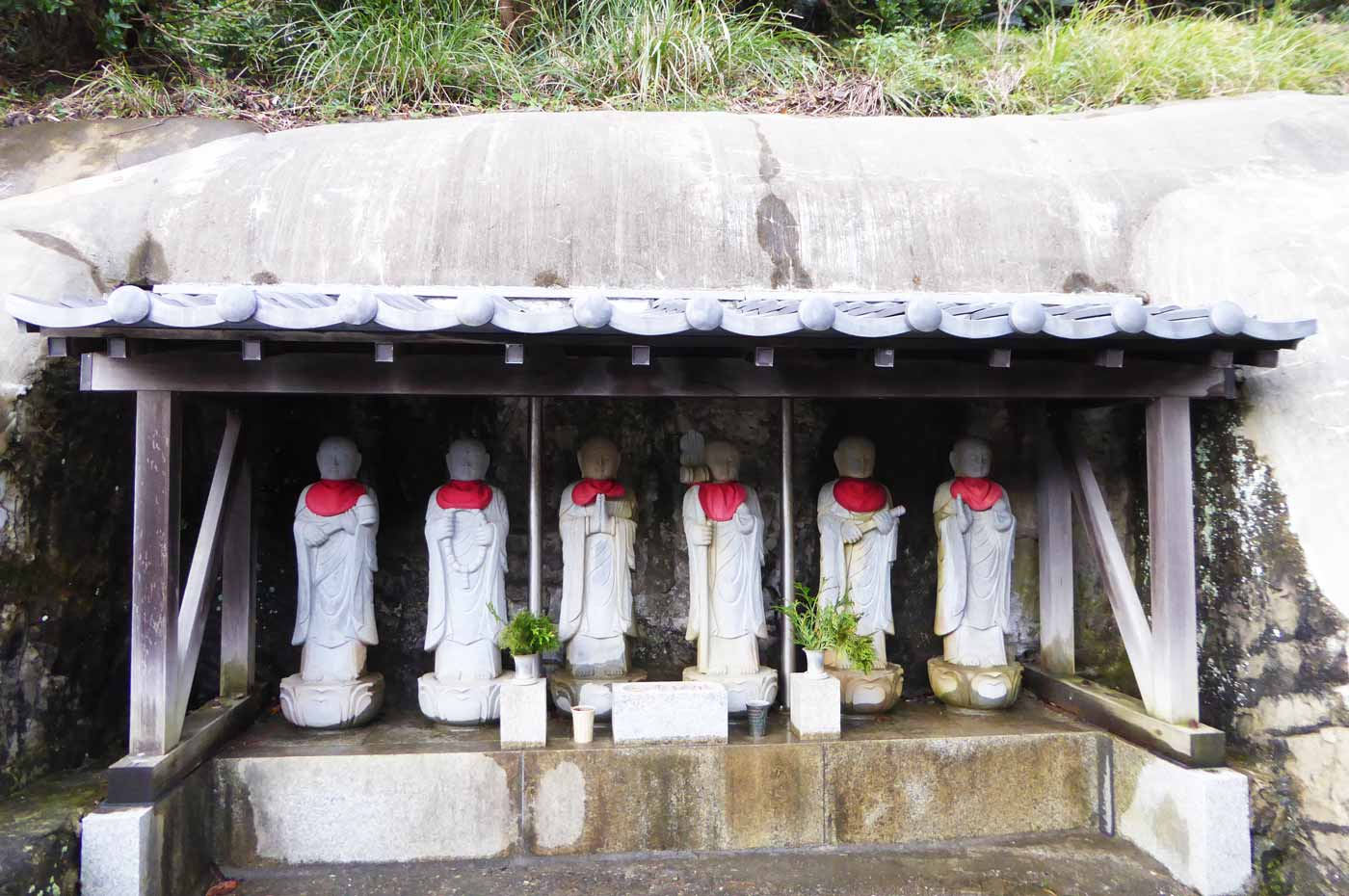 海禅寺六地蔵の画像