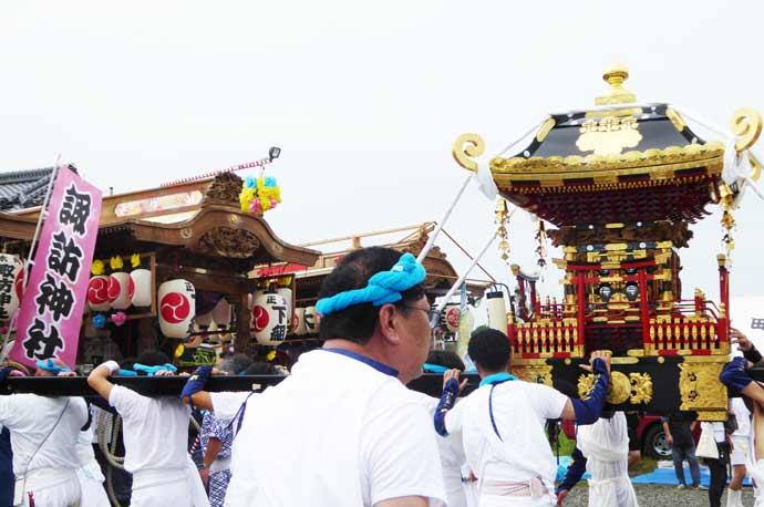 正木の祭りに出祭する八雲神社の神輿