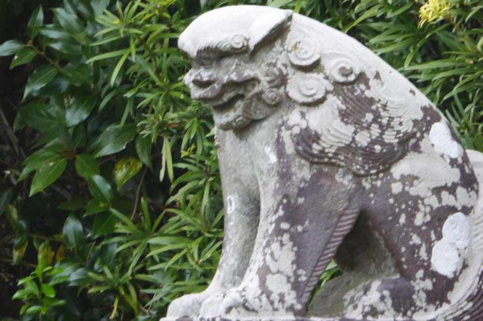 下立松原神社の狛犬(右)