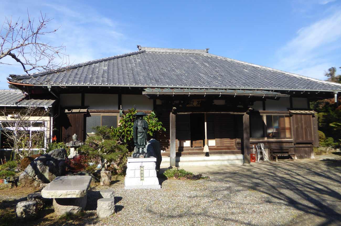 寿薬寺の本堂の画像