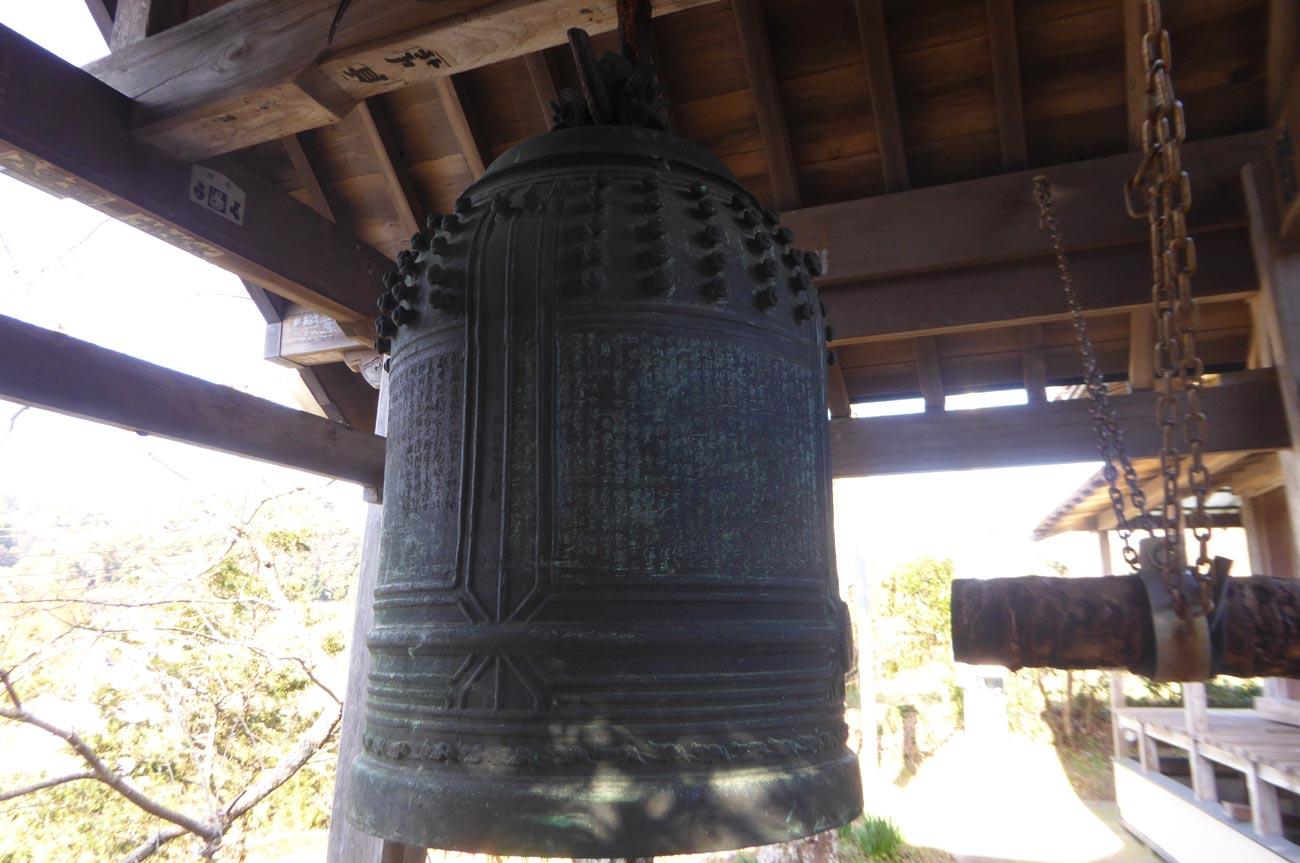 金銅寺梵鐘のアップ画像