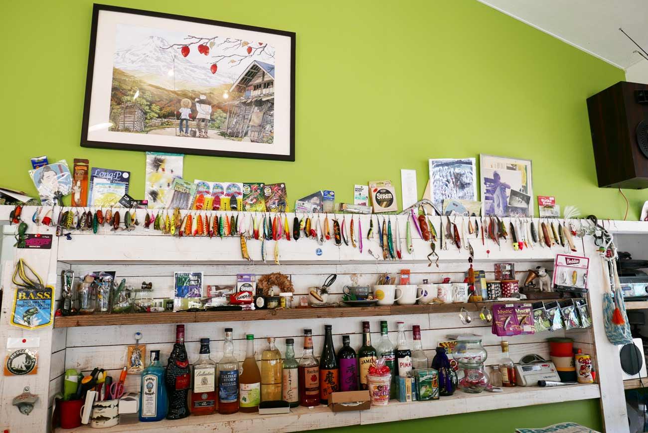 ワンドロップ店内のルアーの画像