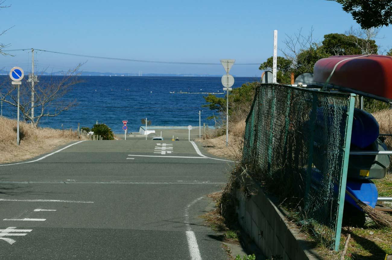 ワンドロップから見た波左間海岸