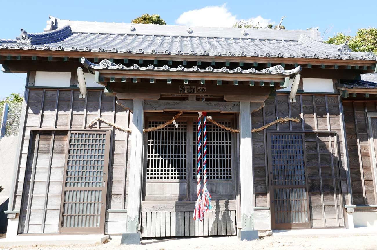 浅間神社拝殿の画像