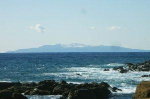 珍宝島から大島を望む