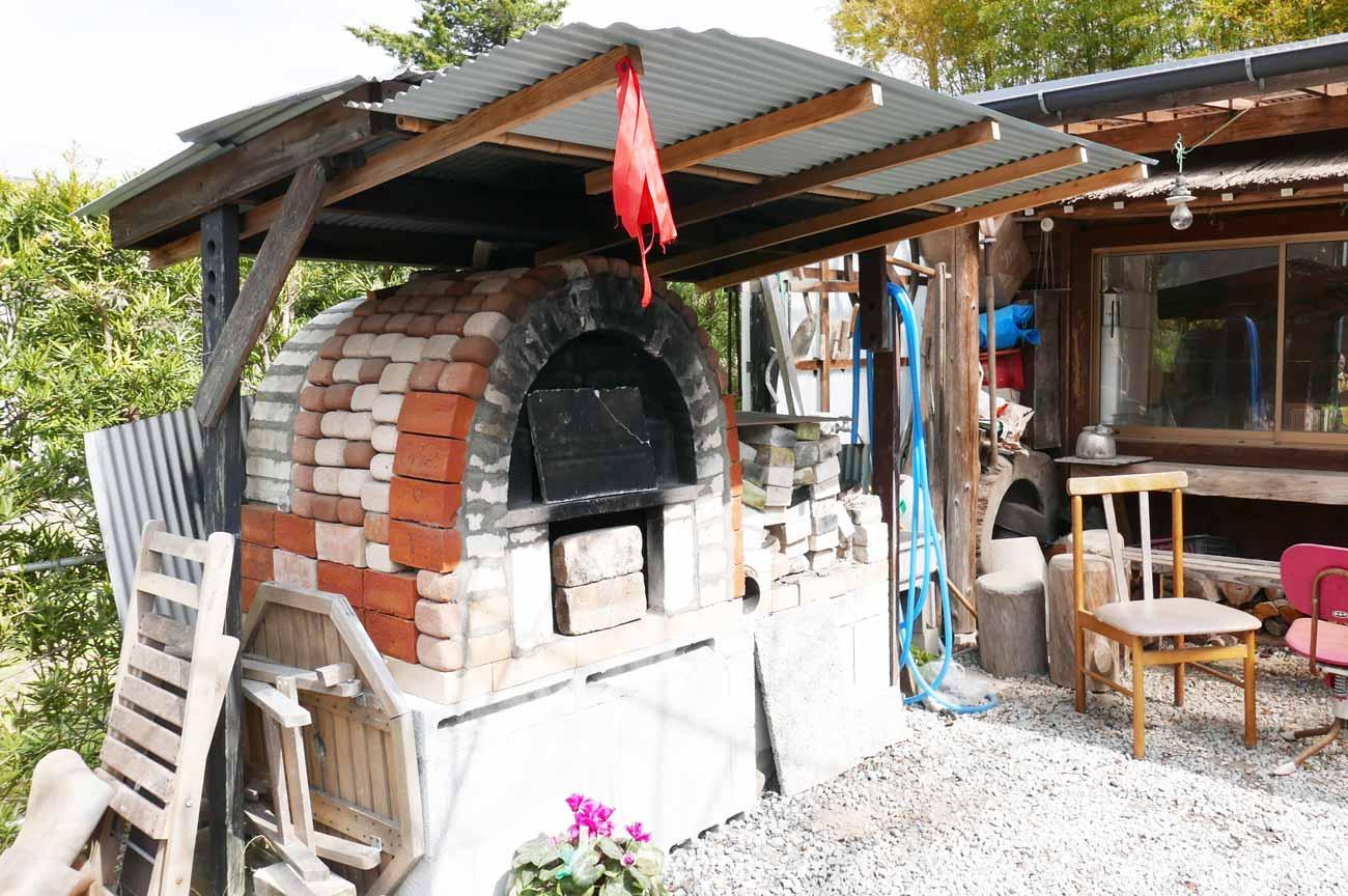 うさぎ家のピザ釜の画像