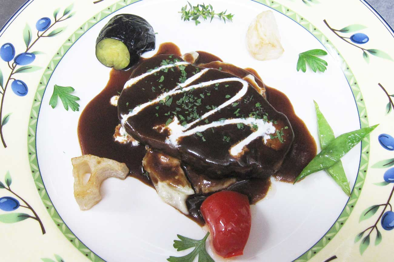 レストラン大澤の牛タンの赤ワインソース煮の画像