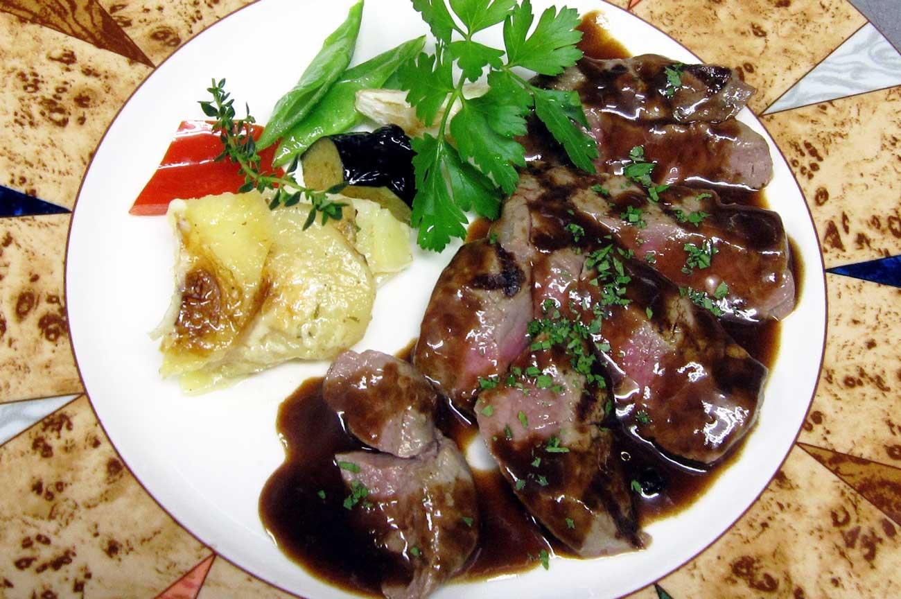 レストラン大澤の牛フィレ肉のステーキの画像