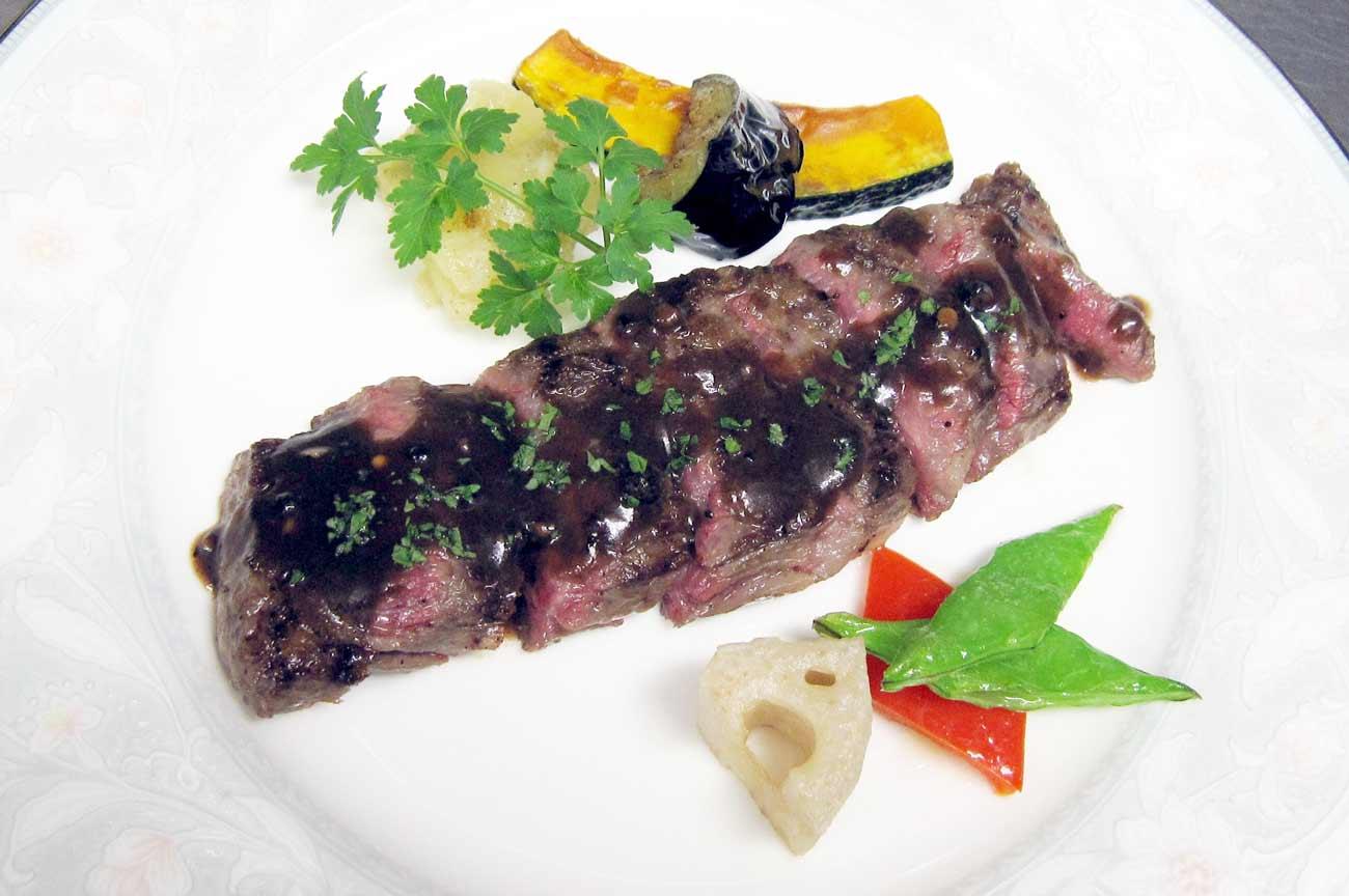 レストラン大澤の黒毛和牛(A4~A5) 柔らかい内ハラミのステーキの画像
