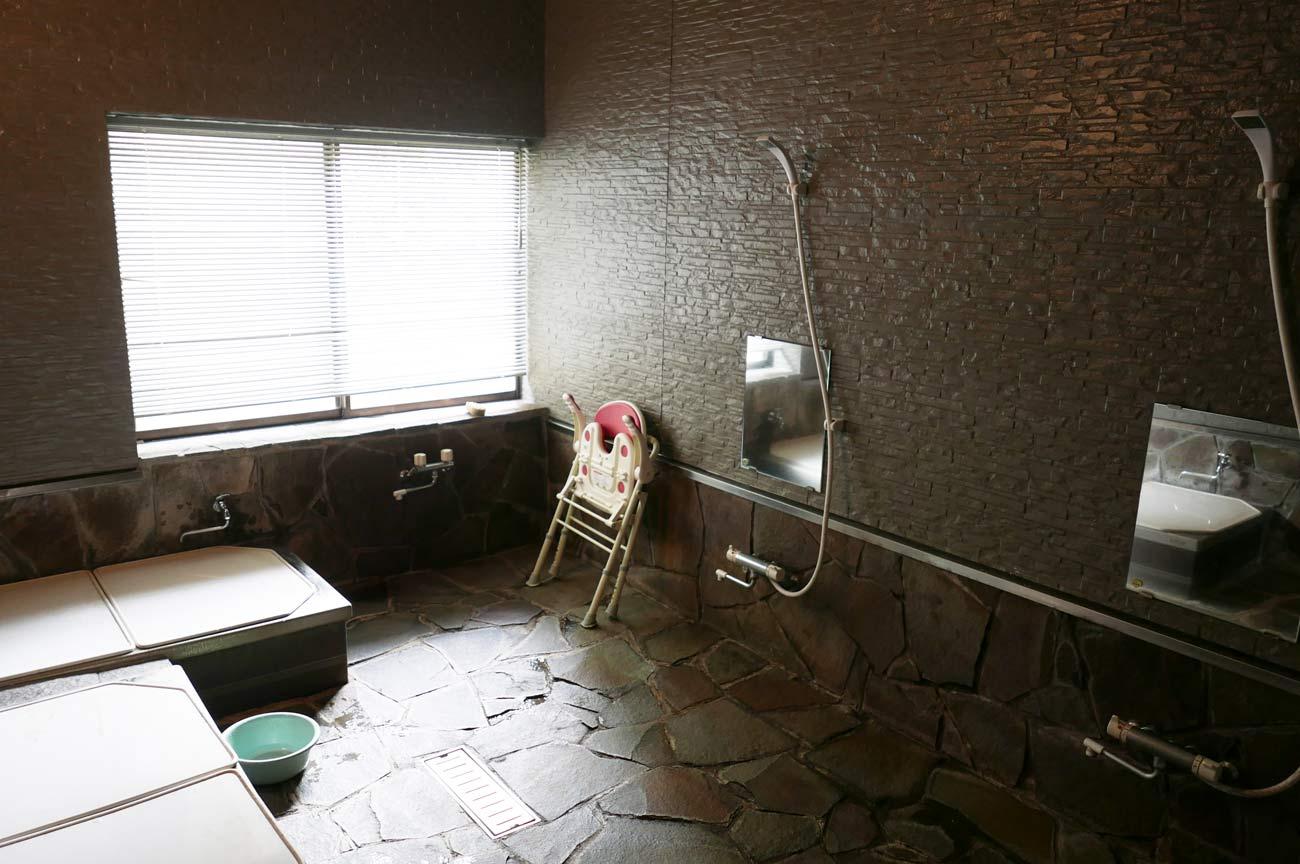 神河鉱泉のシャワーの画像