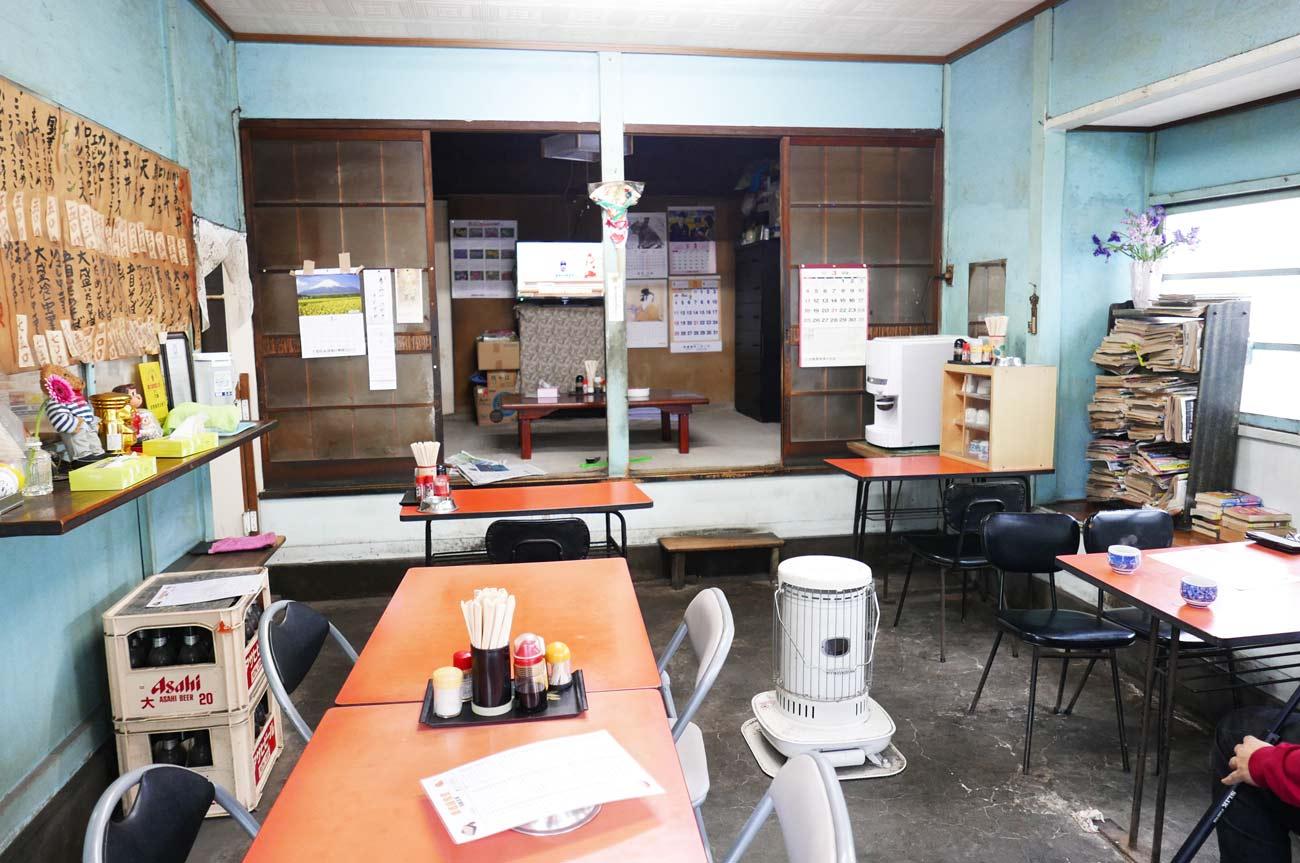 黒恵屋食堂店内の画像