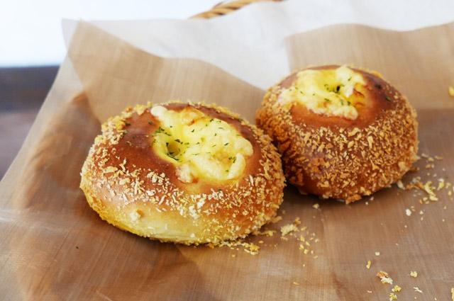 万賀の熟成ビーフ焼きカレーパンの画像