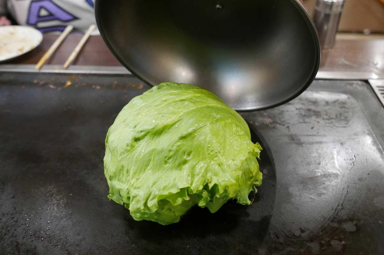 神戸レタスの焼きサラダの画像