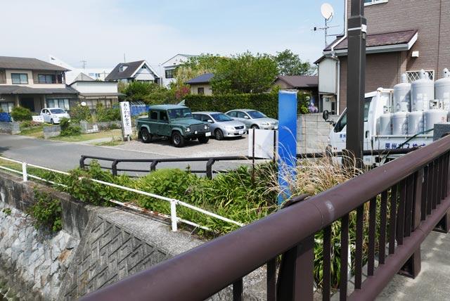 あらかわ食堂の駐車場の画像