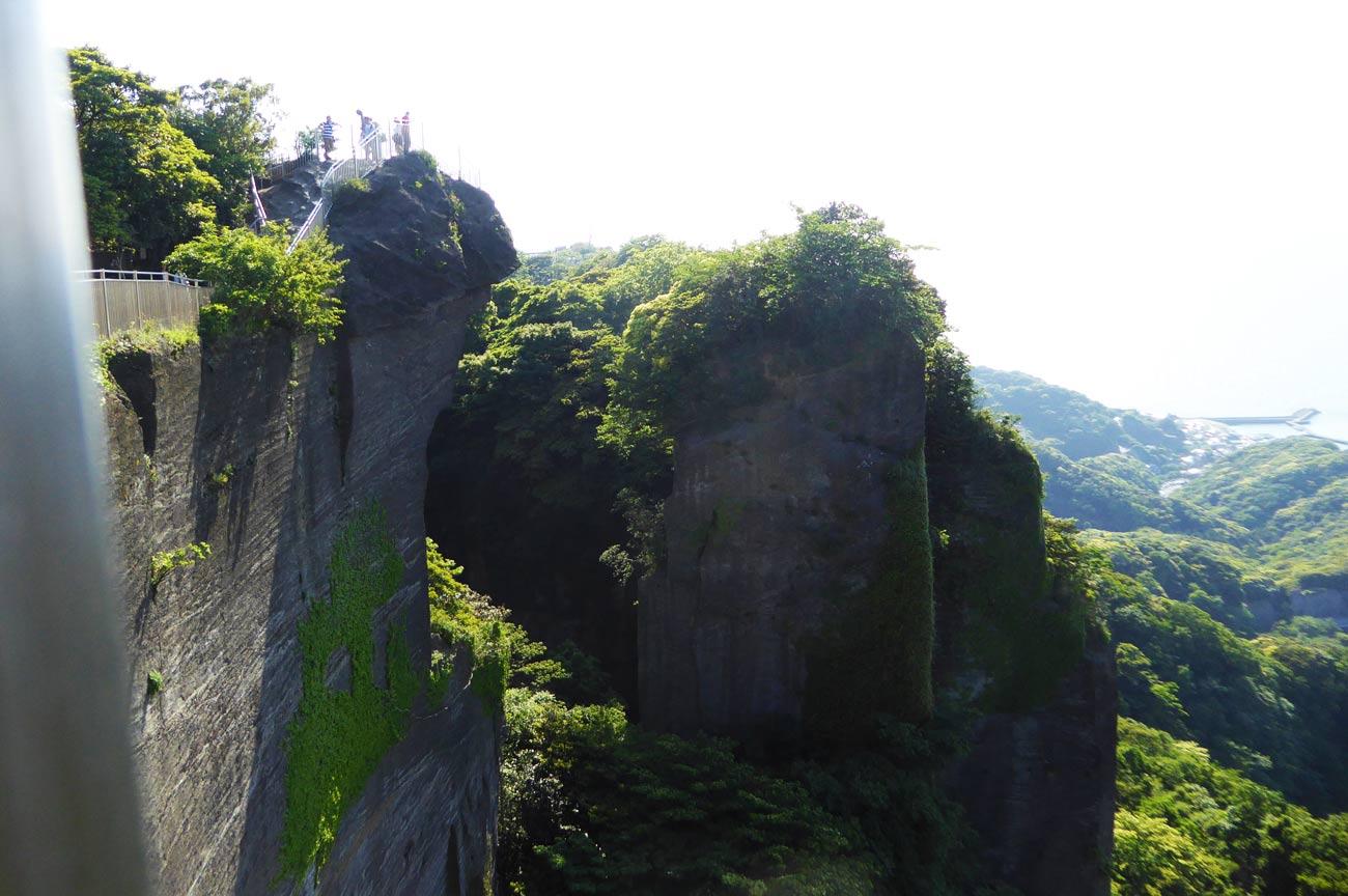 山頂展望台を横から撮影