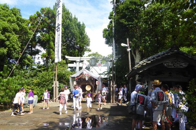 岩井神社の祭りの画像