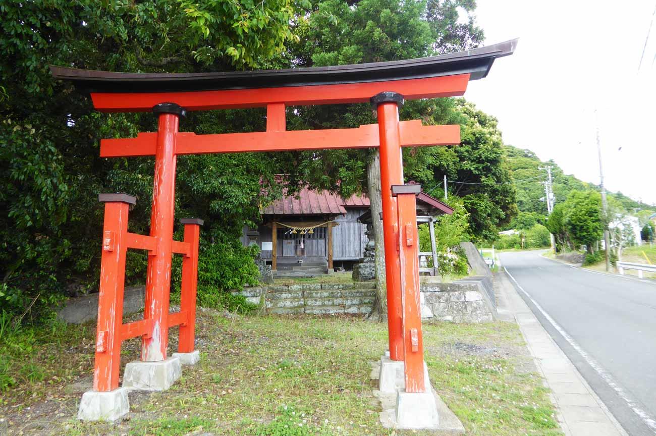 春日神社の鳥居の画像