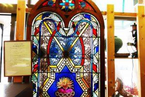 イギリス製ステンドグラスの画像