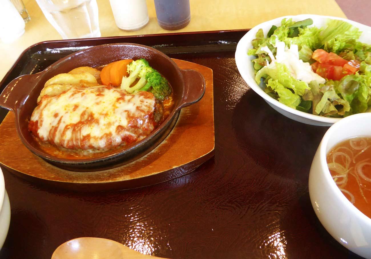 チーズハンバーグの画像