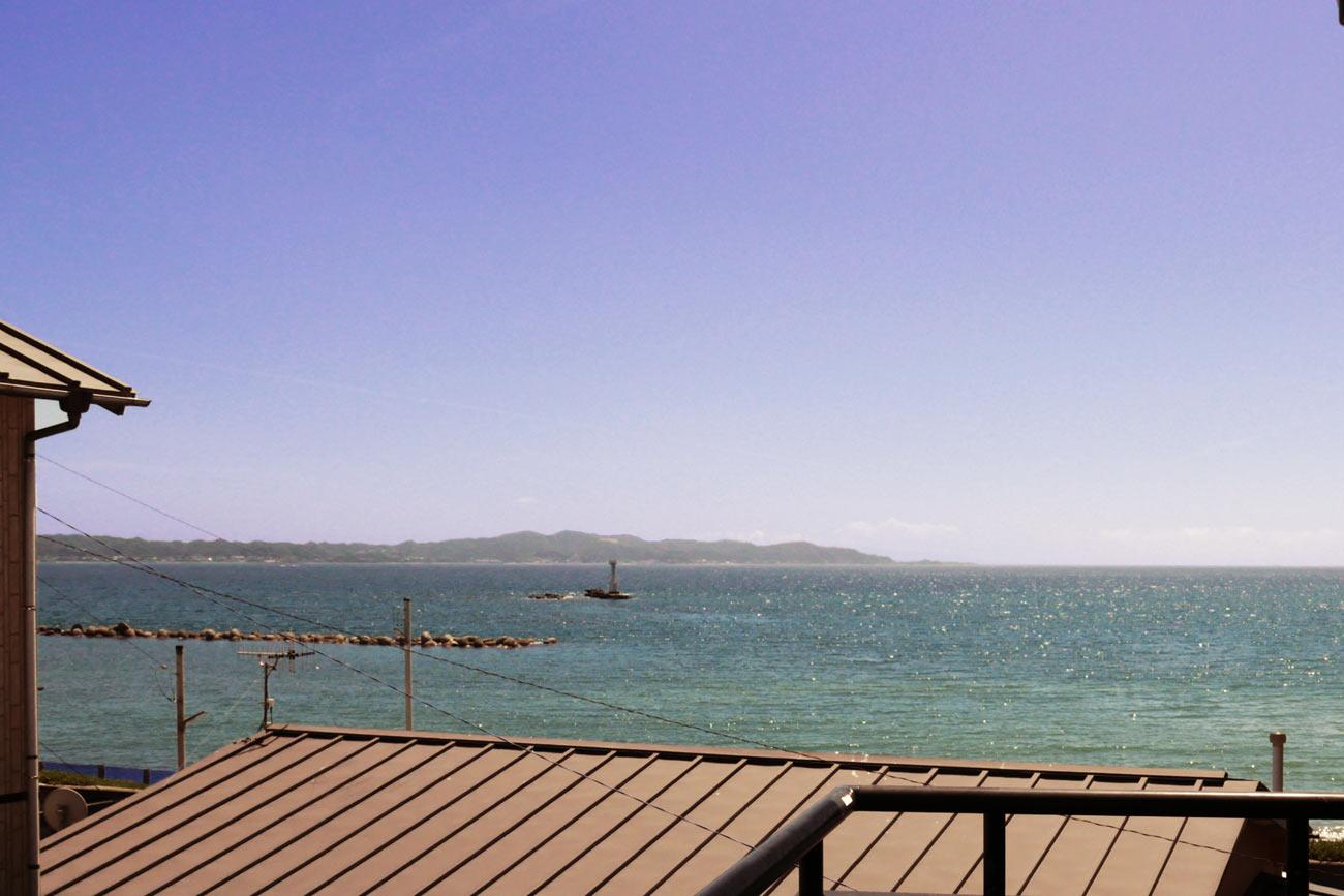 ベランダから見た船形海水浴場の画像