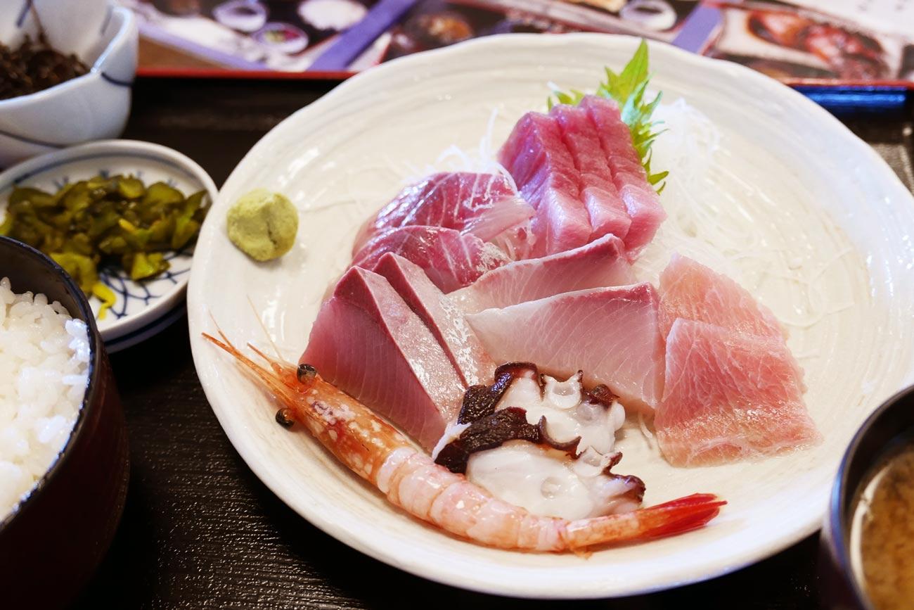 刺身定食の画像