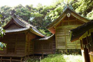 丸郷神社本殿の画像