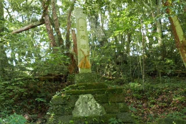 忠魂碑の画像