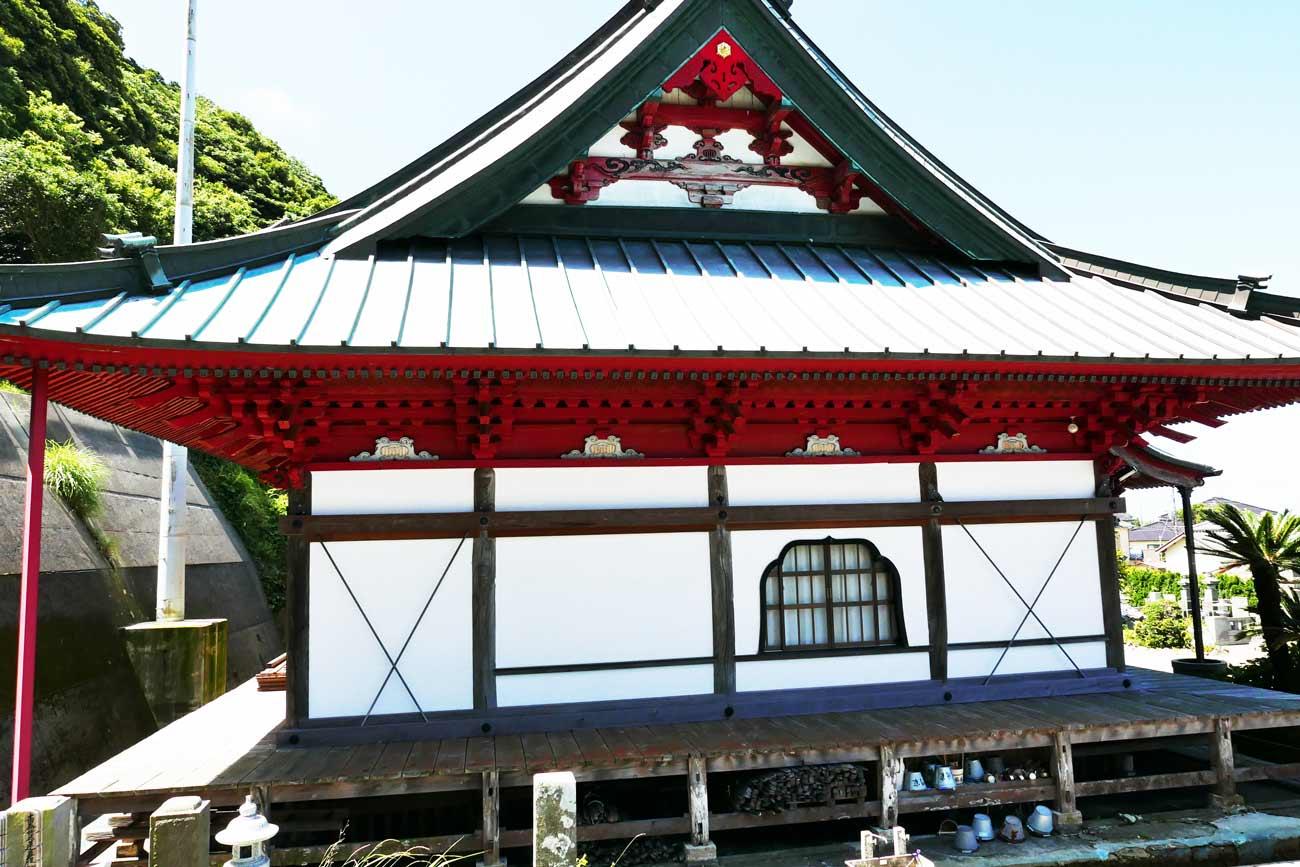 妙福寺祖師堂の右横の画像
