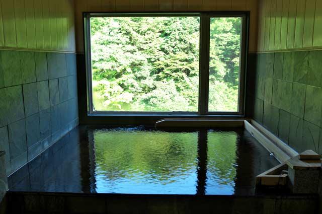 千寿の湯の浴槽の画像