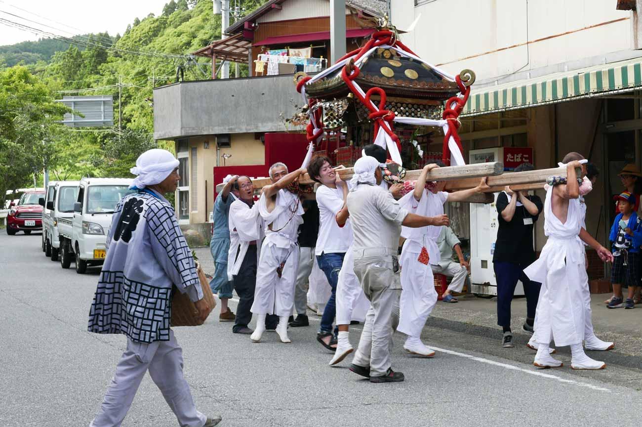 大井神社の神輿の画像