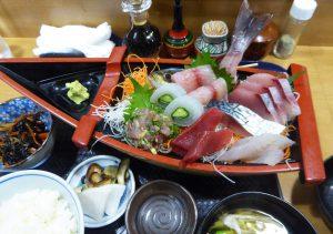 さがわの地魚定食(上)の画像