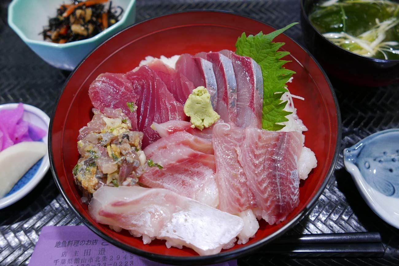 海の恵み丼(海鮮)の画像