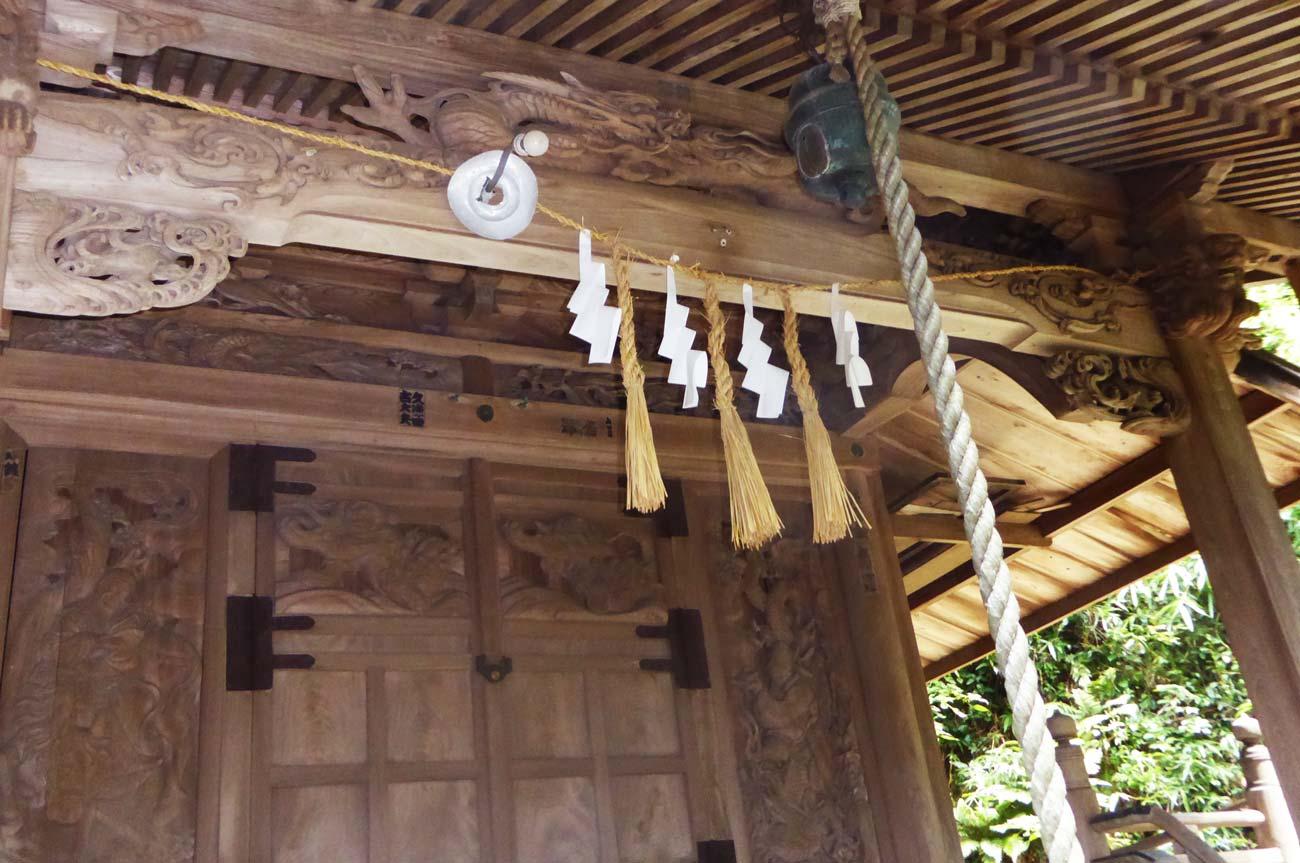 安岡神社の後藤恒俊の彫刻の画像