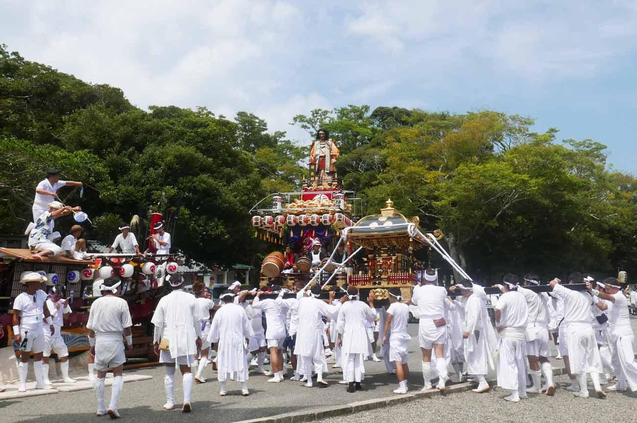 八坂神社の神輿と相浜神社のお舟(波除丸)の画像