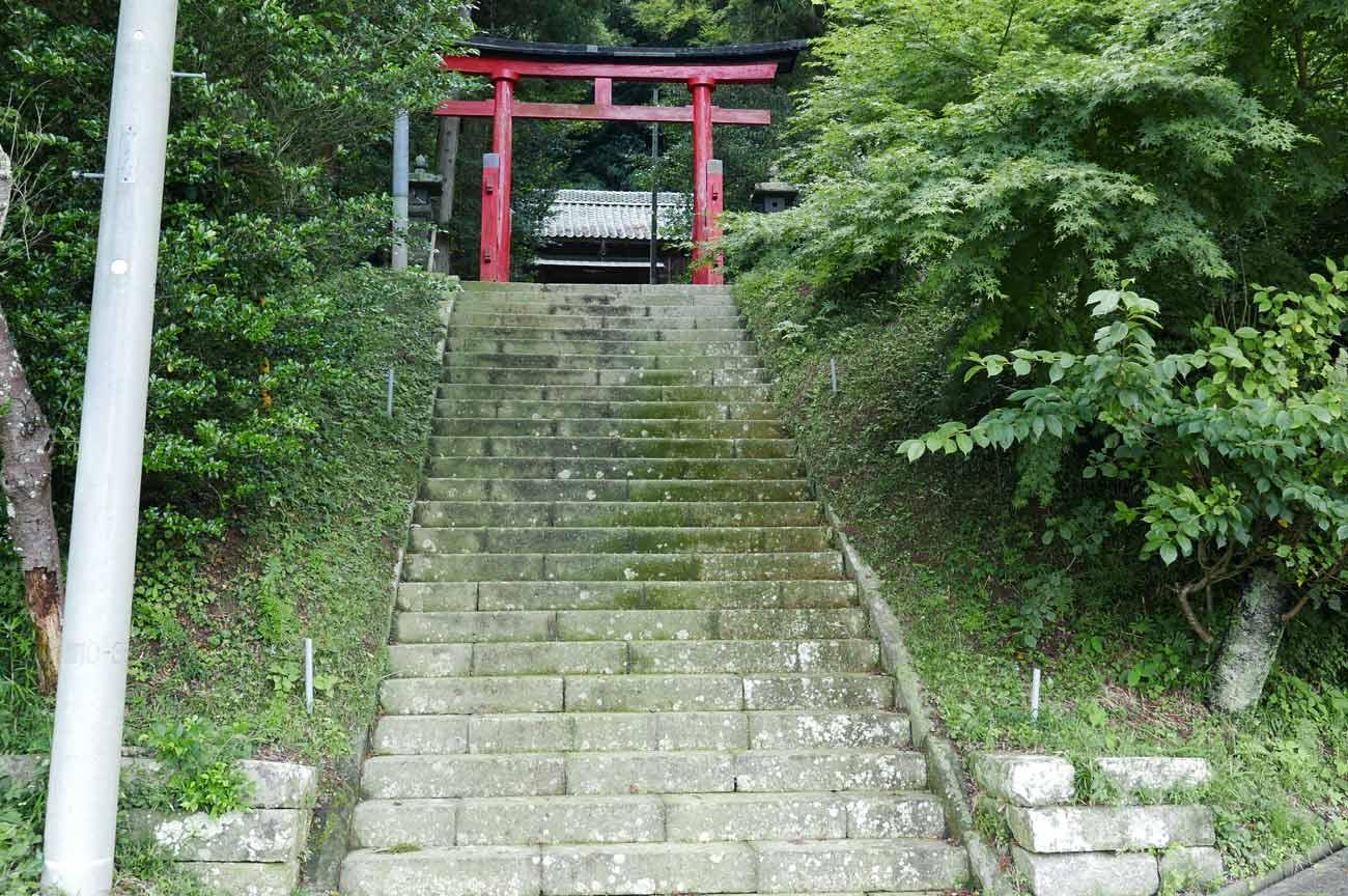 白山神社の二の鳥居の画像