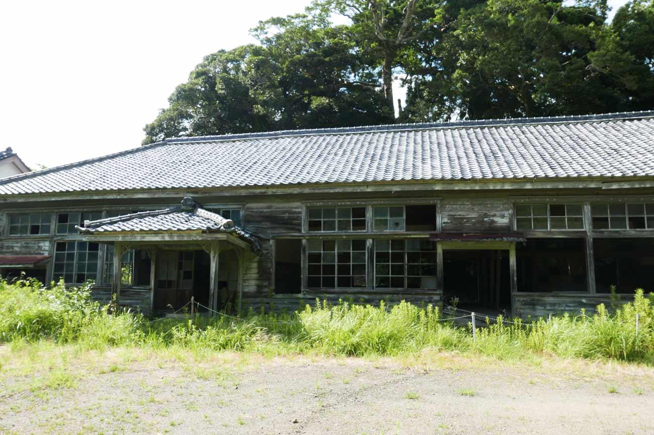 曽呂尋常小学校跡地(正面)の画像