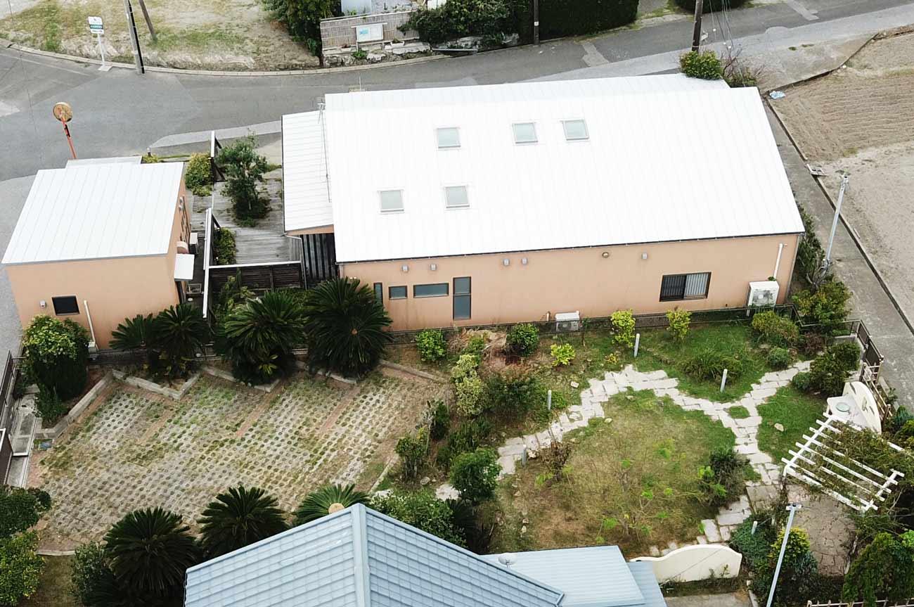 裏庭(空撮)の画像