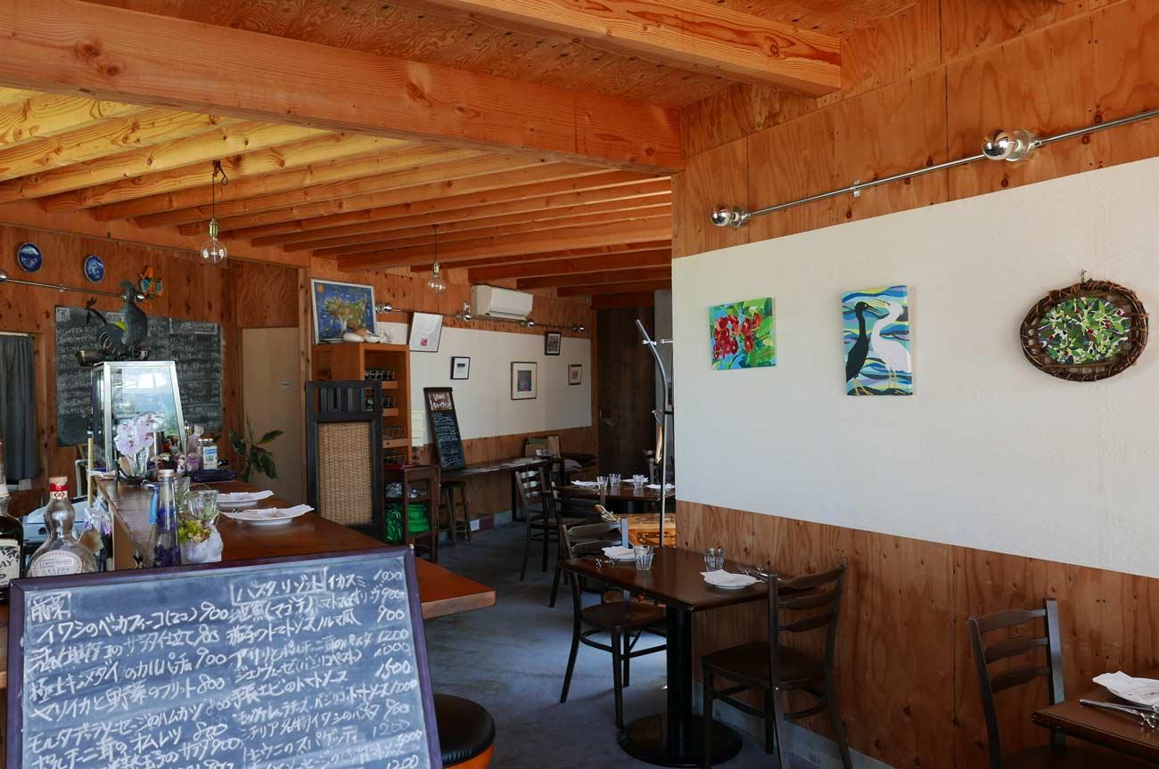 オステリアベッカフィーコの店内画像