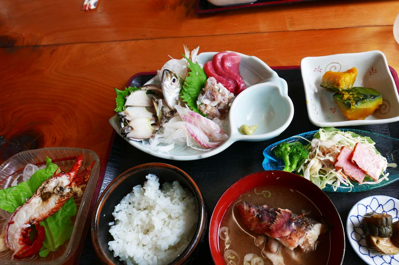 松大丸の刺身定食の画像