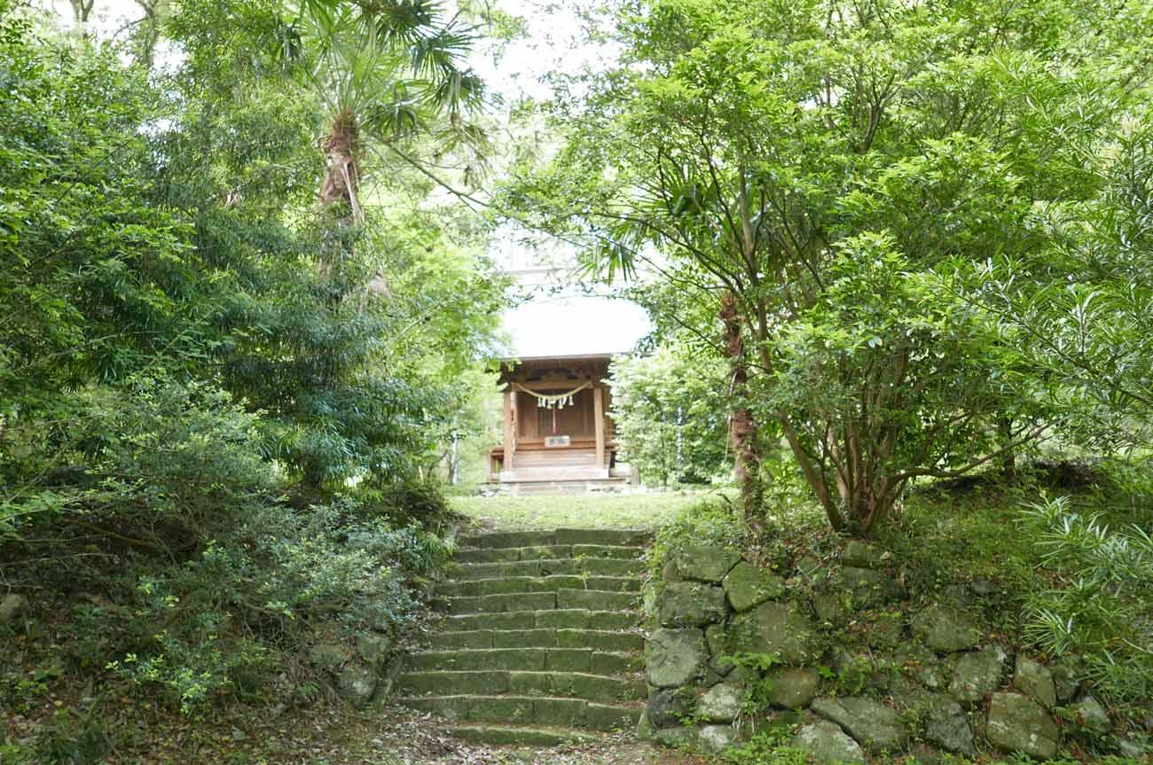 山神社参道の画像