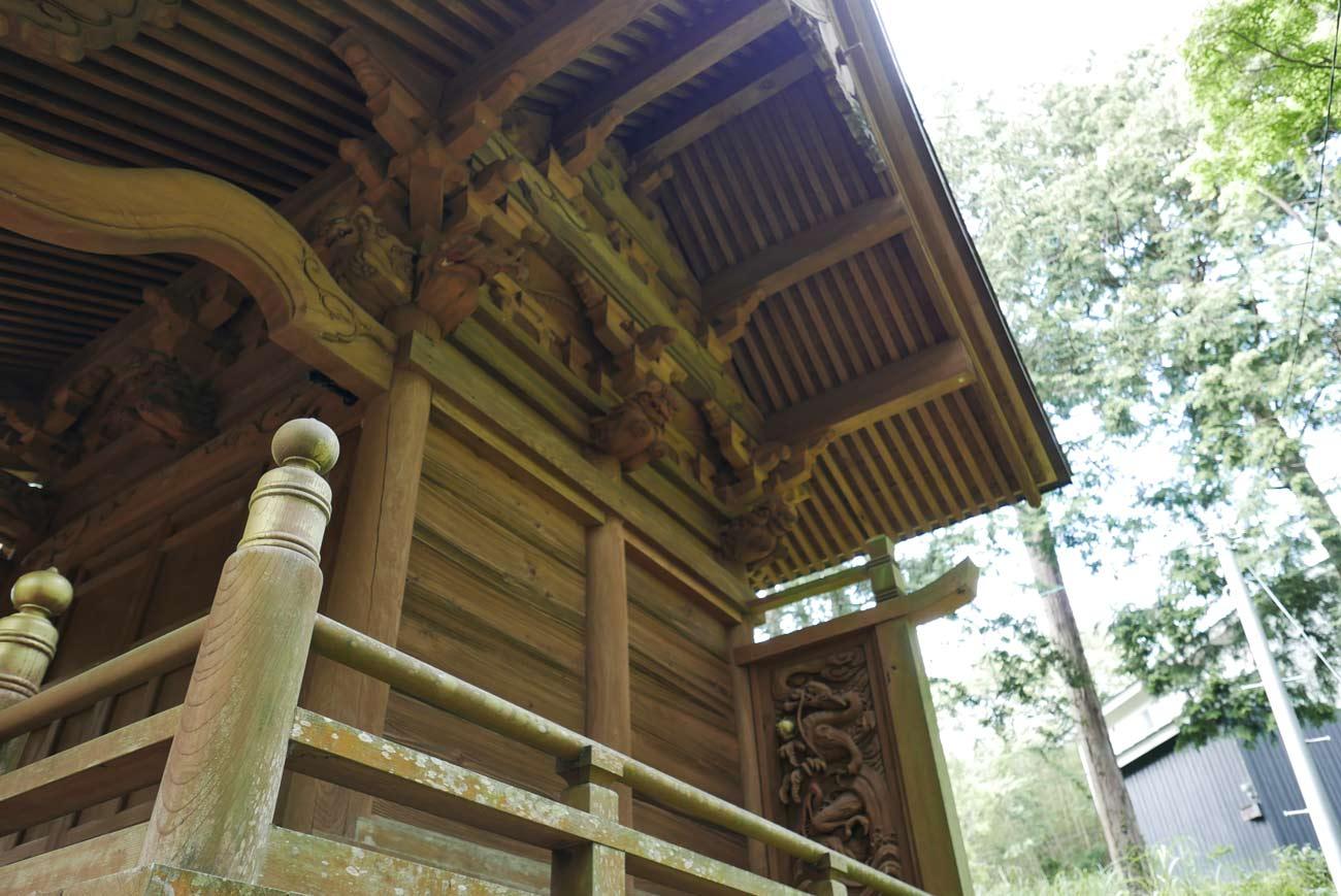 本殿の木鼻の画像