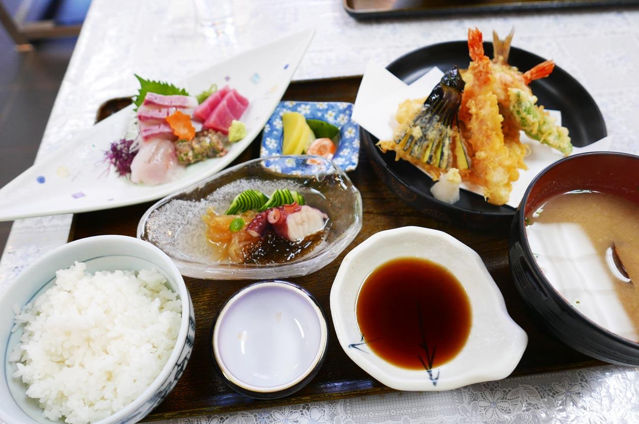 上天ぷら定食の画像